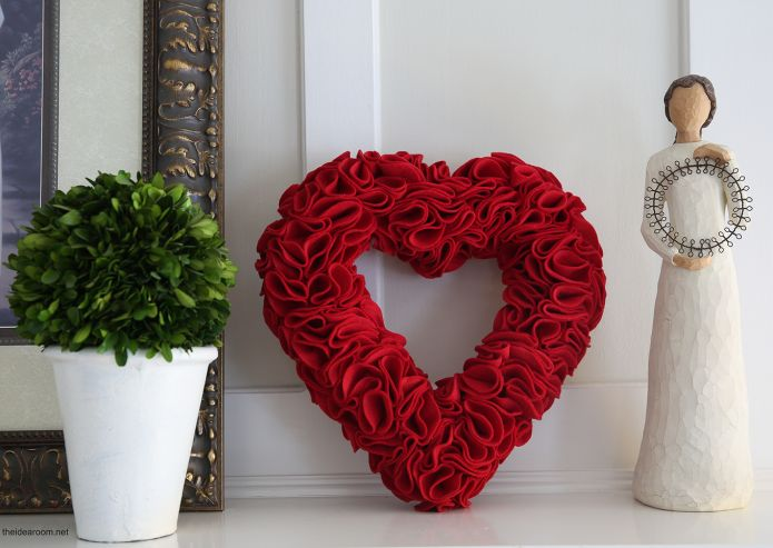 15 DIY Valentines Day Decor